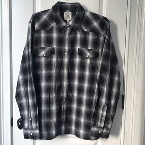 True Craft Men's button up shirt
